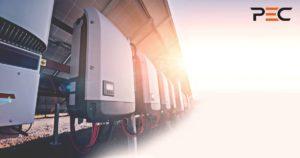 Wechselrichter geschützt mit Sonne